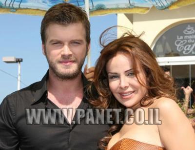 ehhh ouai il est alle au liban c pour le nouveau clip de rola sa3ad